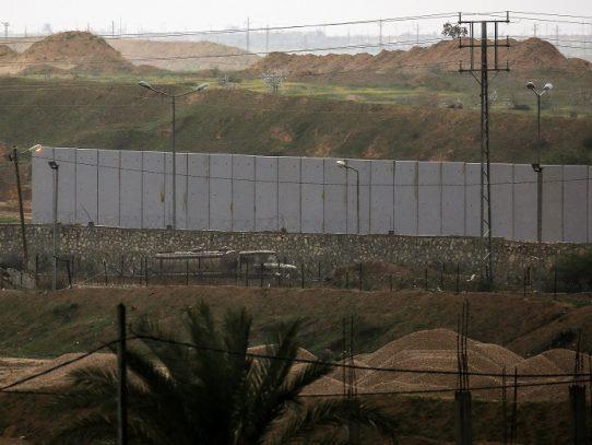 Construyen de muro de hormigón en la frontera entre Egipto y Gaza