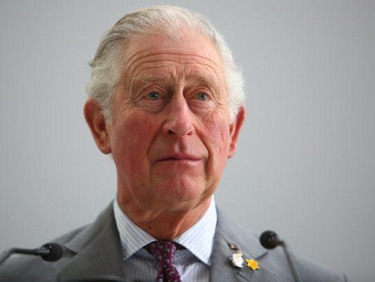 El príncipe de Gales, de 71 años, contrajo el coronavirus