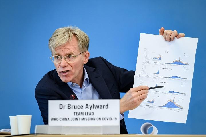 OMS pide a países que se unan a su dispositivo para garantizar acceso a una vacuna