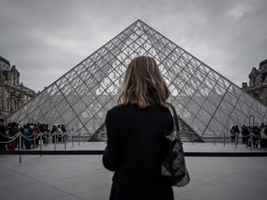 El museo del Louvre reabre sus puertas tras estar cerrado por el coronavirus