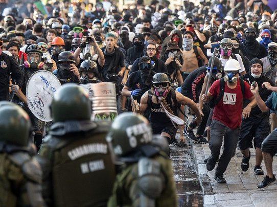 """Nueva marcha en Chile por el """"rechazo"""" a la reforma de la Constitución"""