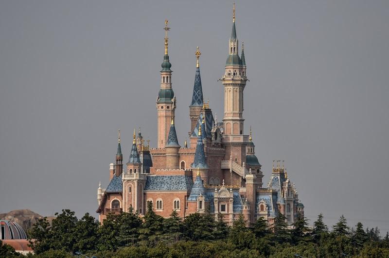 El parque Disney de Shanghái vuelve a abrir pero con restricciones
