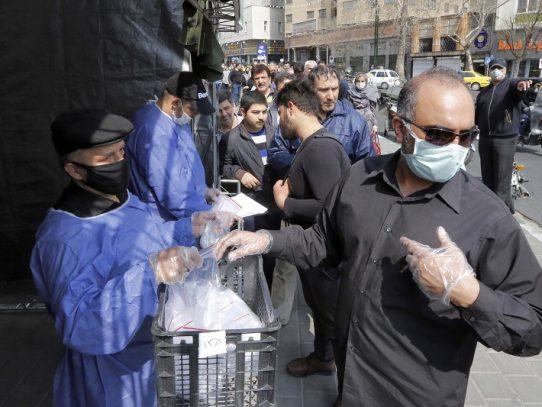 Irán anuncia 127 nuevos decesos por coronavirus y el total llega a 1.812 muertos