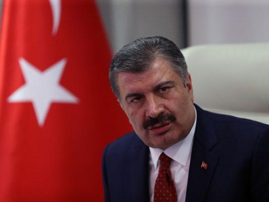 Alcohol adulterado mata a 44 personas en una semana en Turquía