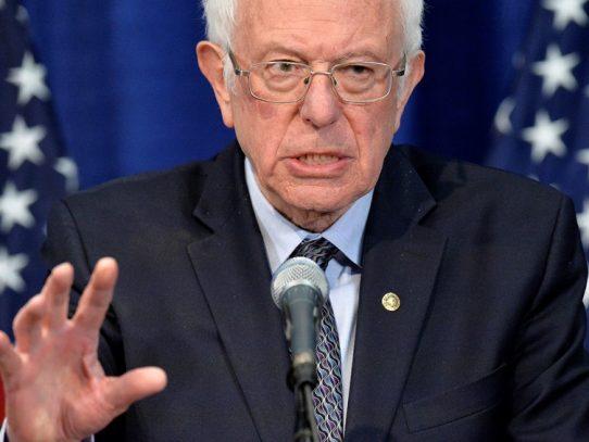 Sanders evalúa su campaña tras mal desempeño en primarias
