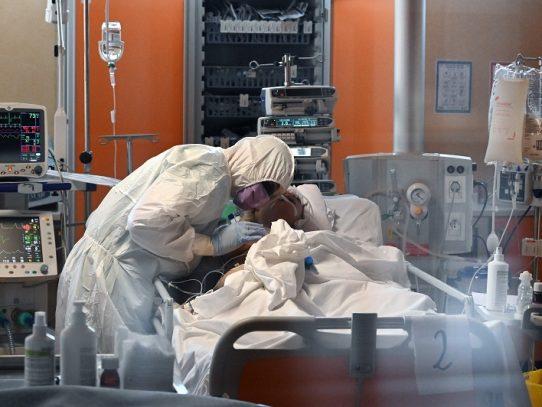 Italia aumentó en 64% camas para cuidados intensivos