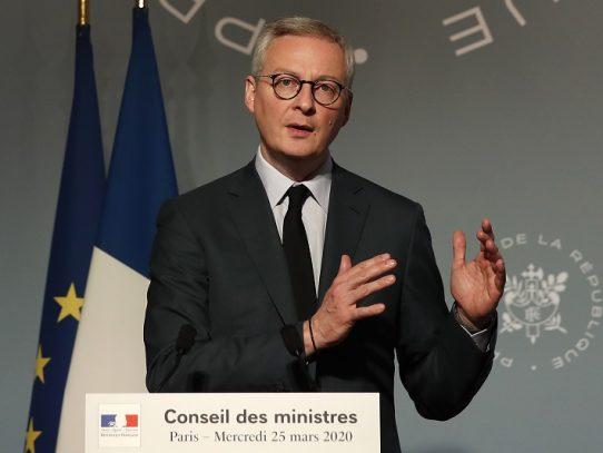 Francia insta a congelar la deuda de los países pobres afectados por el coronavirus