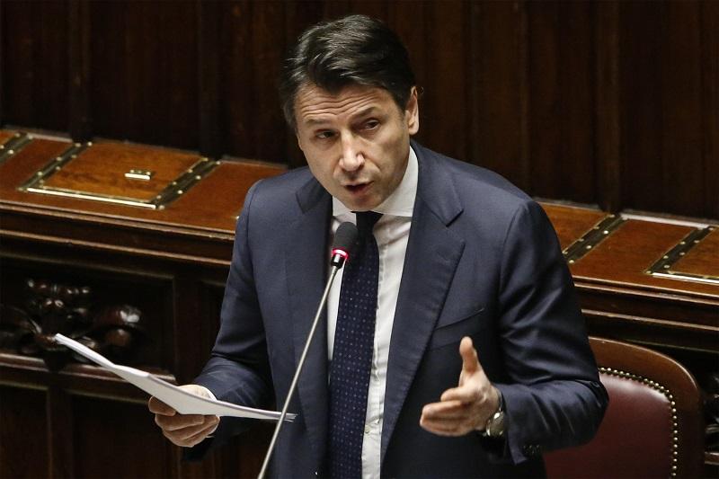 Primer ministro italiano pide perdón por retrasos en ayudas a ciudadanos y empresas