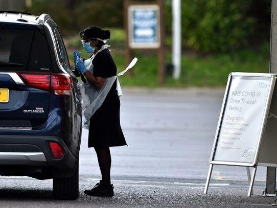 Gran Bretaña supera los 1.000 muertos por coronavirus