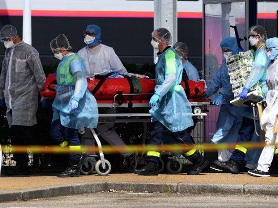 Francia, que suma casi 9.000 muertos, entra en su cuarta semana de cuarentena