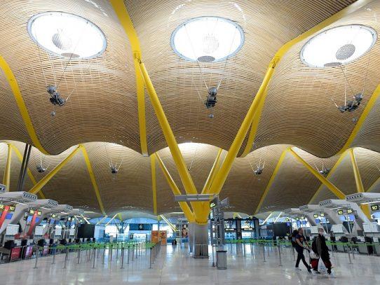 España pondrá en cuarentena a todos los viajeros procedentes del extranjero
