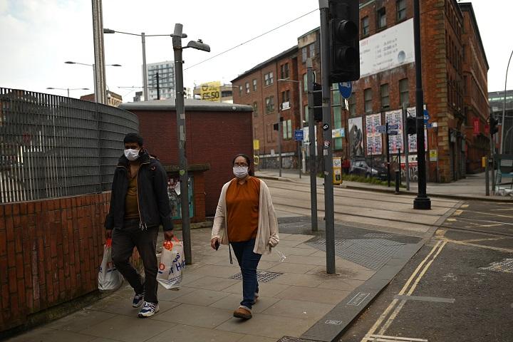 Inglaterra e Italia imponen confinamientos por Navidad en pleno repunte de la pandemia