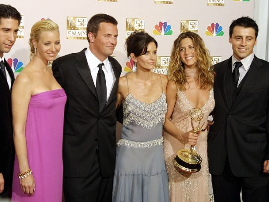 "Posponen especial de ""Friends"" por coronavirus"