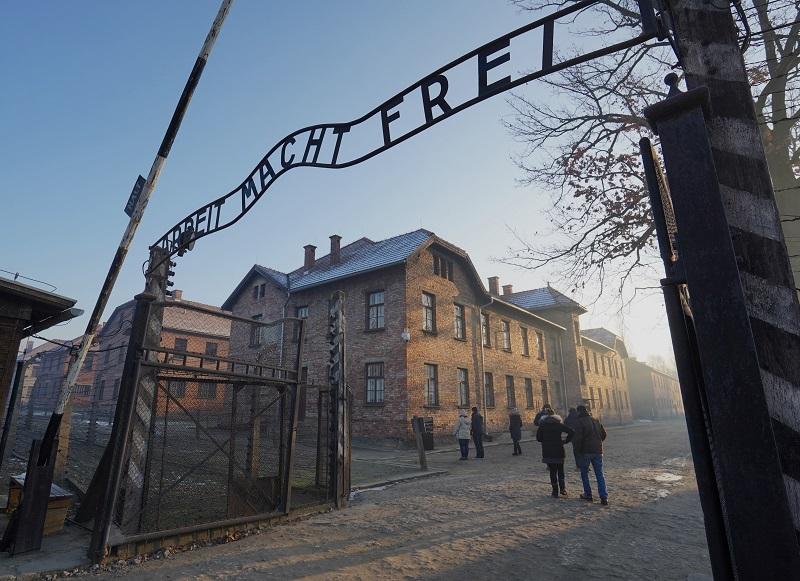Las redes sociales para recordar a las víctimas de Auschwitz