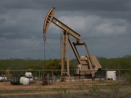 La OPEP y sus aliados abren reunión para negociar recortes de producción