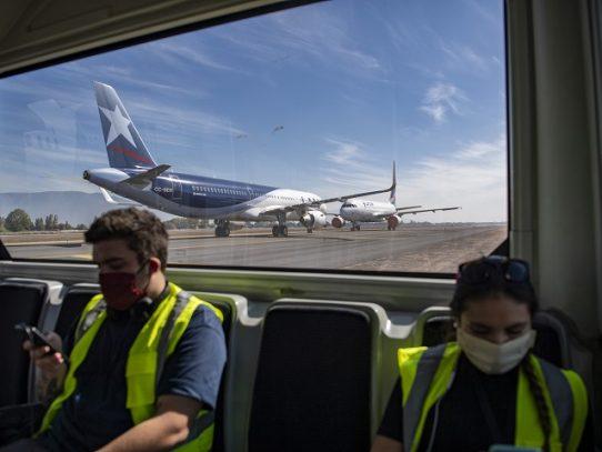 Aerolínea LATAM despedirá a 1.400 trabajadores en Chile, Colombia, Ecuador y Perú