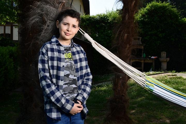 Confinado y con solo nueve años, un niño italiano se inventa un videojuego