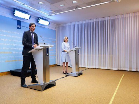 Holanda promete entre 2.000 y 4.000 millones de euros para salvar KLM