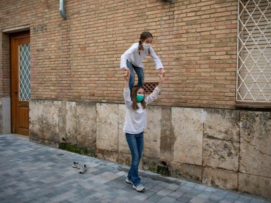 Los españoles se lanzan al ejercicio en casa ante un duro confinamiento