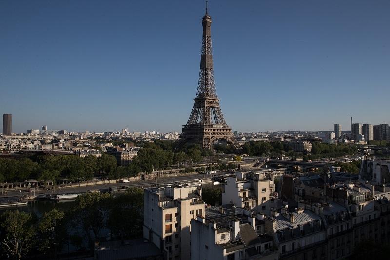 Francia parece haber superado el pico de la segunda ola de covid