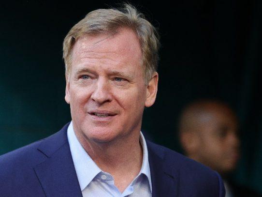 Comisionado de NFL renuncia al salario durante la pandemia