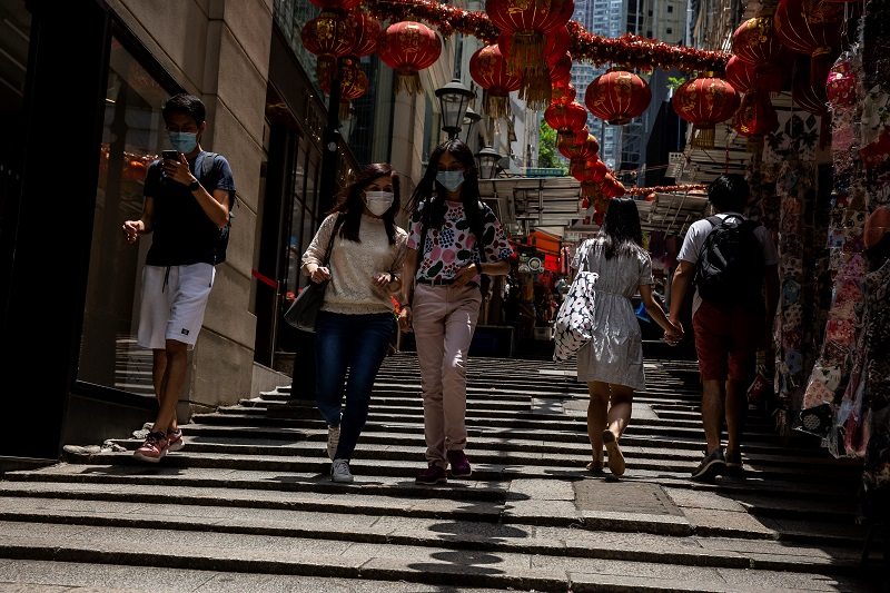 """China apoya que la OMS evalúe la """"respuesta mundial"""" a la pandemia"""