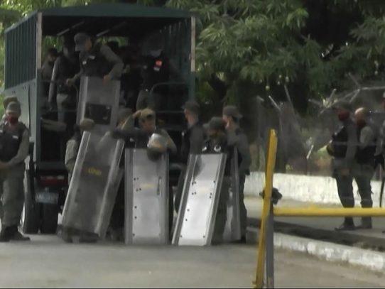 Un muerto en protesta por apagones en el oeste de Venezuela