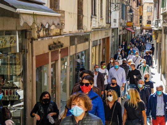 Italia restringe movilidad por el covid-19 para fiestas de fin de año