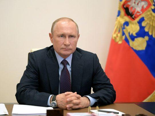 """Putin y Biden podrían reunirse """"en junio"""", según un consejero del Kremlin"""