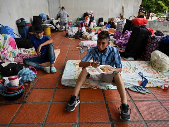 El mundo se moviliza para ayudar a migrantes venezolanos en plena pandemia