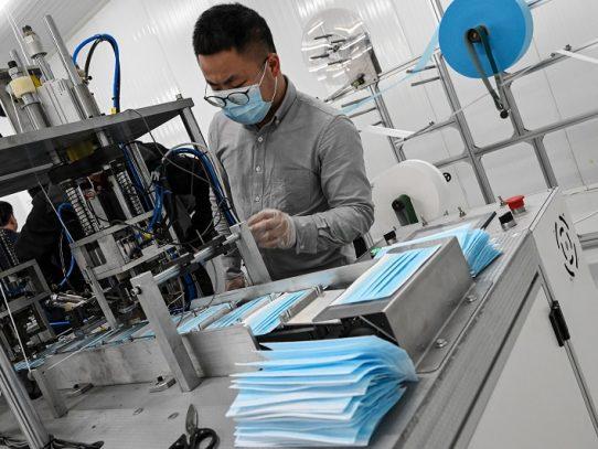 En China, los fabricantes de mascarillas están preocupados