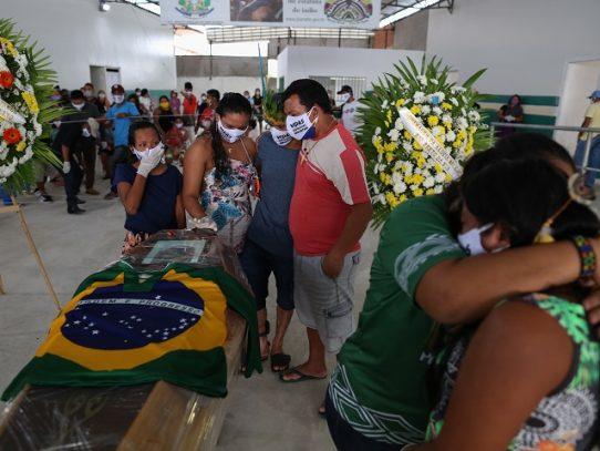 El nuevo coronavirus ya causó más de 90,000 muertes en Brasil