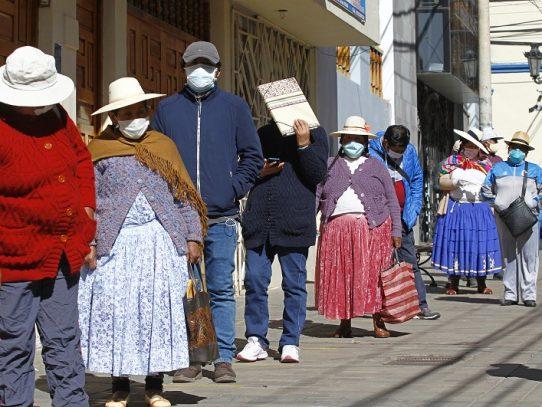 Bolivia elige nuevo gobierno con su modelo económico en crisis