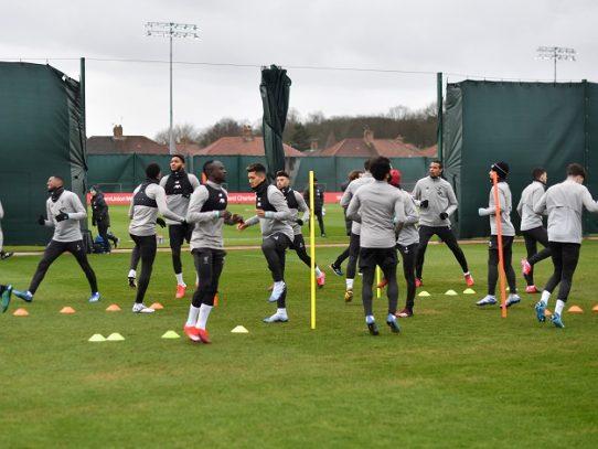 El Liverpool es autorizado a jugar sus partidos de casa en Anfield