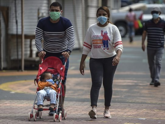 Panamá supera 15,000 contagios de COVID-19 y otra vez endurece medidas