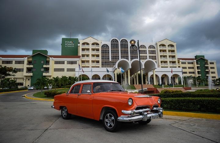 Trump impone nuevas sanciones contra el sector turístico de Cuba