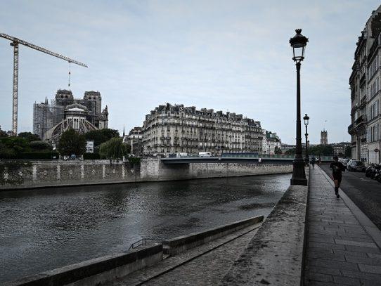 Empieza la delicada retirada del andamio de Notre Dame de París, etapa clave para su restauración