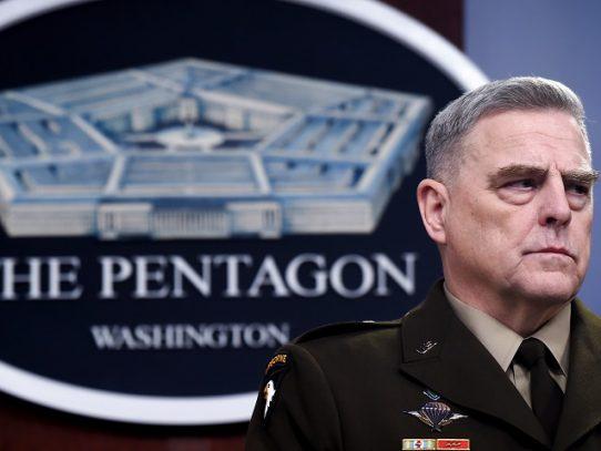 Alto general de EE.UU. dice que se equivocó al acompañar a Trump a sitio de protesta