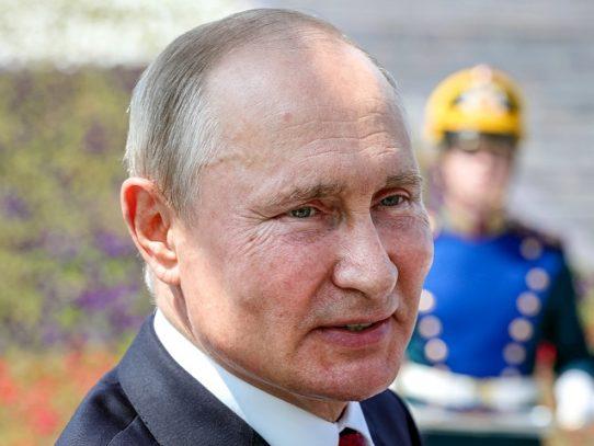 "Putin acusa a Occidente de ""revisionismo"" antirruso por la II Guerra Mundial"