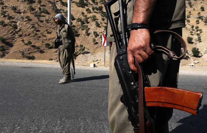 EE.UU. pide a Irak desactivar todos los grupos armados