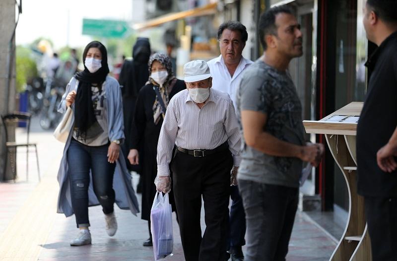 Irán registra récord diario de muertos por covid-19 con 229 decesos en 24 horas