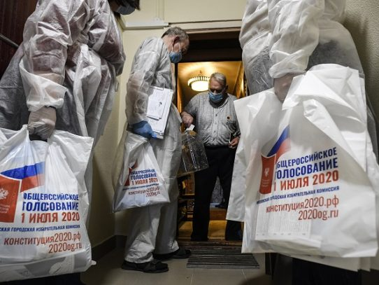 Centros de votación improvisados en Rusia para movilizar a favor de Putin