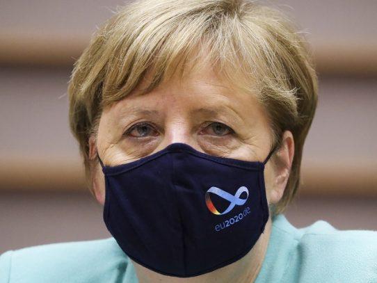 Duelo declarado en la carrera para suceder a Merkel en Alemania