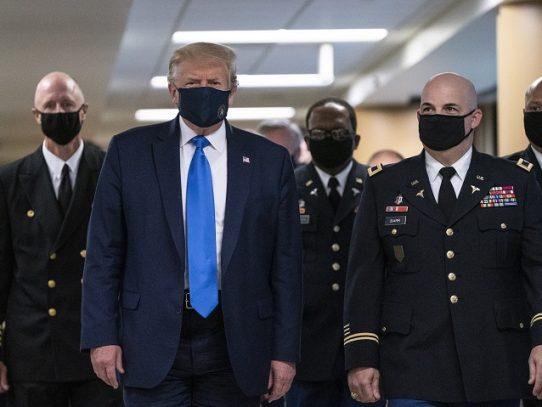 Asediado por la realidad, Trump descubre que la negación no detendrá la pandemia