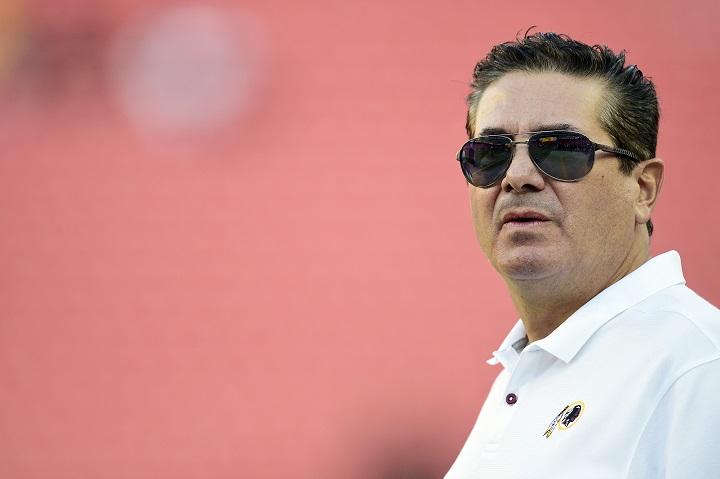 NFL: dueño de Redskins promete cambios tras denuncias de acoso en el equipo
