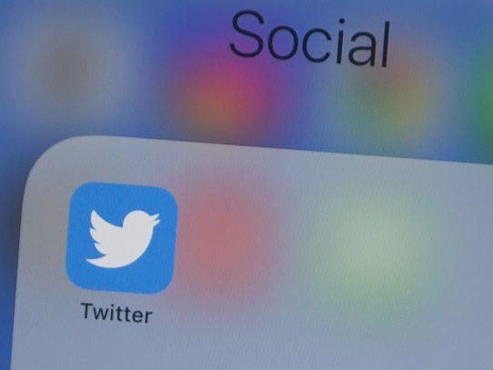 Los allegados de Trump pelean contra Twitter en Twitter