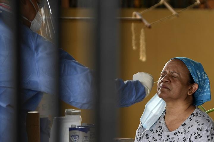 Minsa reporta 1,127 casos nuevos de Covid-19, muertes por el virus se elevan a 1,449