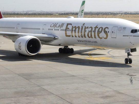 Aerolínea Emirates registra pérdidas por primera vez en 30 años debido a pandemia