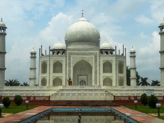 El Taj Mahal reabrirá sus puertas a pesar del brote de coronavirus