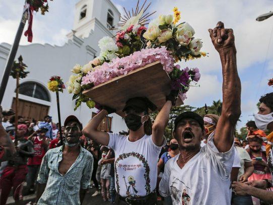 Fieles se rebelan y celebran a su santo pese a pandemia en Nicaragua